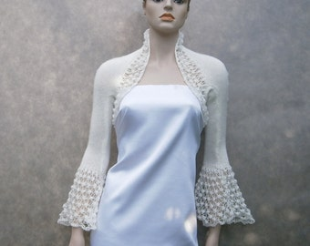 Danae ivory wedding lace bolero, size XS/S/M. Bridal or bridesmaid's bolero.