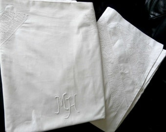 Antique French linen pillow cases with handmade Bobbin lace insert from 1920s in new condition!SALE ~23% off