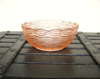 Vintage Pink Glass Bowl, Basket Weave
