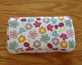 Decorative Wipes Case - Sparkly Flowers