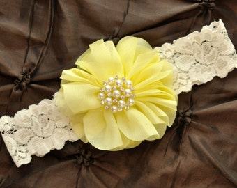 Wedding Garter, Bridal Garter - Ivory Lace Garter, Keepsake Garter, Toss Garter, Ivory Wedding Garter Belt, Light Yellow Wedding Garter