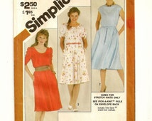 "A Sleeveless, Short or Three-Quarter Sleeve Pullover Dress Pattern: Uncut - Misses Sizes 18-20, Bust 40""-42"" • Simplicity 5374"