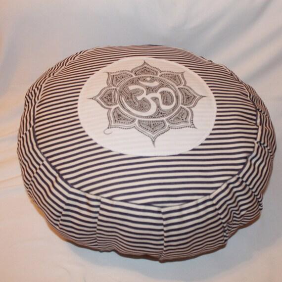 Yoga Pillow / MEDITATION PILLOWS / Zafu By Rusnascreations