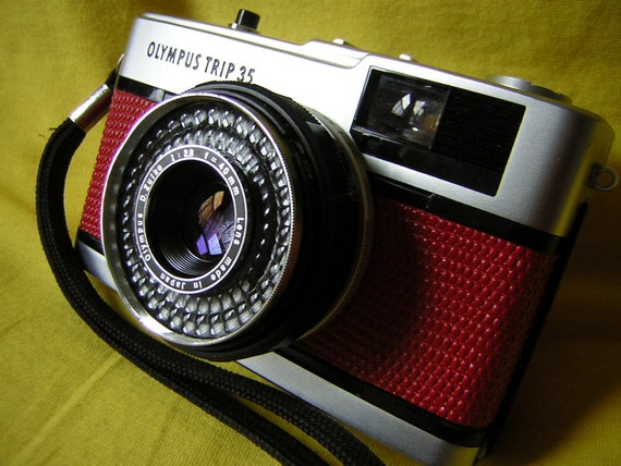Olympus Trip 35 film camera -- rare red lizard effect covering -- fully refurbished -- original box