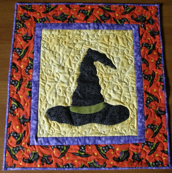 Quilted Wall Hanging Witches Hat Halloween Quilt