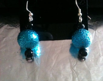 Round Aqua and Black Sparkle Beaded Earrings