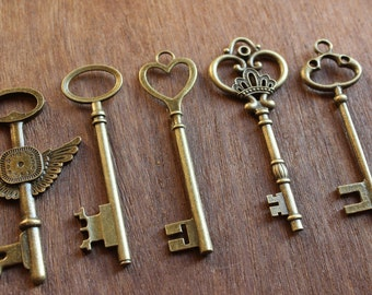 3'' Antique Brass Skeleton Keys Wedding Favors Pendants The Elegante Collection Set of 25