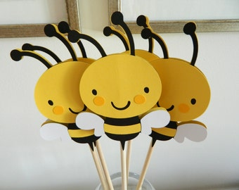 3 Bee Centerpiece Sticks, Bee Baby Shower, Bee Birthday, Bee Table Decor, Mommy To Bee Banner, Mommy To Bee