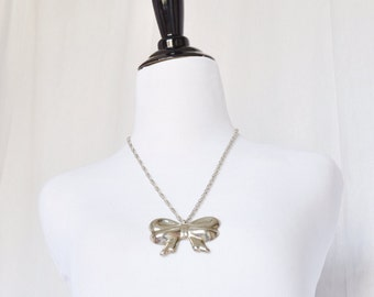 Vintage Bow Necklace silvertone - 1970s lolita cosplay Hollow Chic Girly Preppy