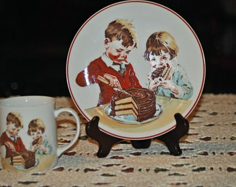 1980's HERSHEY'S CHOCOLATE PLATE and matching cup.