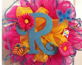 Spring/summer mesh wreath with initial