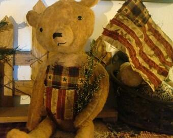 Primitive Americana Bear with Flag