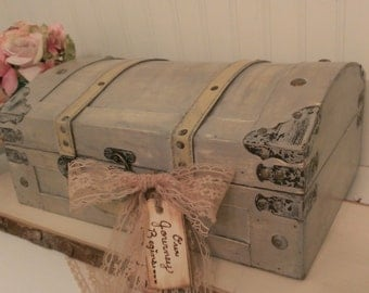 vintage wedding card box, luggage card box, shabby chic wedding decor, wedding trunk (TR105)