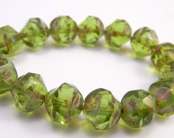 PERIDOT ROCKS ~ Czech Glass Central Cut Picasso Beads (10 Beads)