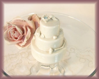 Porcelain Wedding Cake Topper Ornament