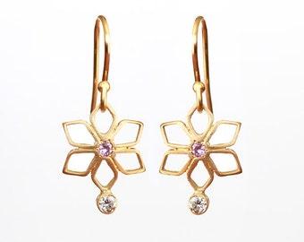 18k gold earrings, bridal earrings gold, hanging earrings, diamond earrings, sapphire earrings, gold dangle earrings, dainty earrings