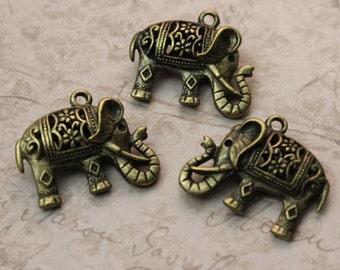 5 Elephant Charms Elephant Pendants Antiqued Bronze Tone 3D 20 x 25 mm