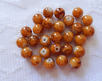27  Caramel & Brown Veined Round Glass Beads  8mm