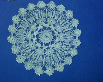 Superb Irish Style Delicate Lace Doily Hand Made Lace