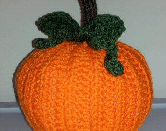 Crocheted Fall Pumpkin