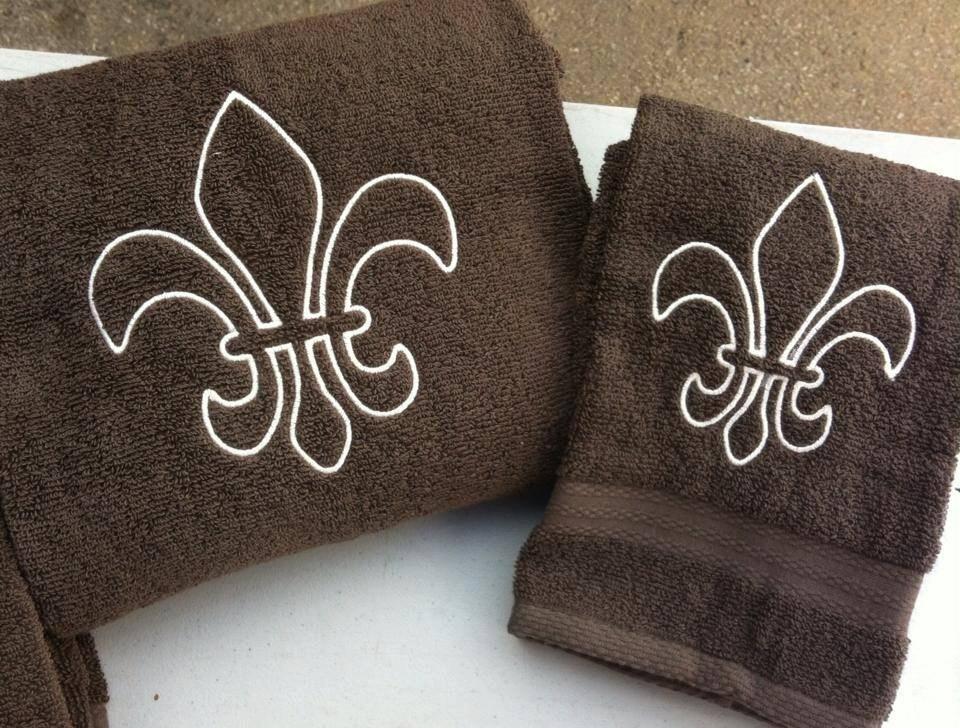 Fleur de lis bath towel set by jazzyjackson21 on etsy - Fleur de lis bath towels ...