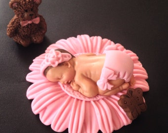 Fondant edible baby daisy pink daisy cake topper for Baby Shower, Birthday