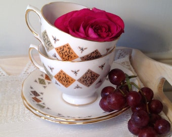 Beautiful Vintage Teacup and saucer with with Crispin pattern made by Colclough.