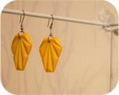ON SALE: Lovely Corn Yellow 80s Art Deco fan shaped earrings