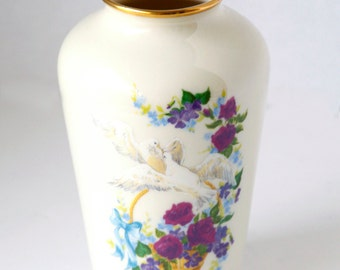 Limited Edition Lenox Birds of Love Vase with certificate