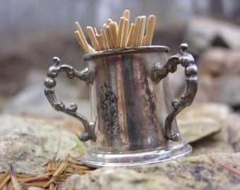 Early 20th c. Kronheimer & Oldenbusch Co. Quadruple Silverplate Toothpick Holder -- Beautifully patina'd---  Quite Rare