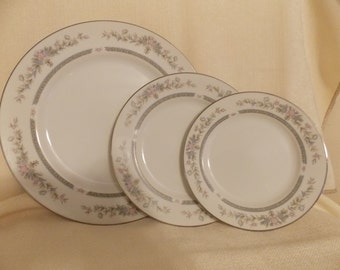 Place Settings, SOCIETY SHELLY 6079, Dinner Set