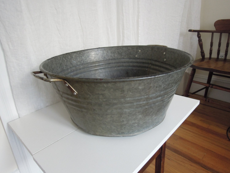 X large antique vintage galvanized metal tub wash bin bucket for Large metal wash tub