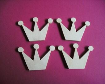 4 crowns, wood, 5 x 3,5 cm (03-0004B)