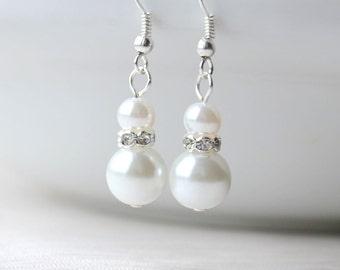 White Bridesmaids earrings White beaded bridesmaids jewelry, Beaded bridesmaids gift,White bridesmaids earrings Rhinestones jewelry