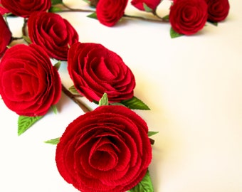 Wedding Garland with Paper Flowers/ Rose Garland/Wedding Arch Garland/Table Flower Garland/ Red Roses / Red Rose Garland