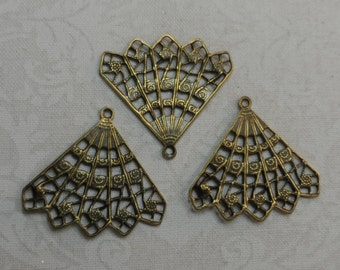 "Vintage gold plate brass fan filigrees 1""x1""with 1 ring,3pcs-FLG32"