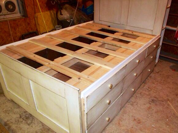 King Platform Storage Captain's Bed with Drawers by SameAsNever
