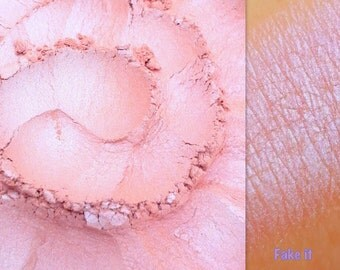 Housewives FAKE IT- All Natural, Vegan Eyeshadow and Eyeliner Makeup