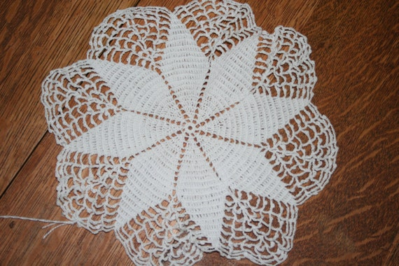 Vintage Star Pattern Crocheted Doily