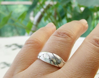 BECK - Unique Puzzle Rings by PuzzleRingMaker - Sterling Silver or Gold - 3 Bands
