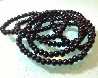 200 pcs. X 5 / 6 mm  sandalwood  buddhist beads(C1049)