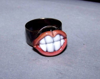 Ring, glass-mouth * 1