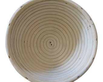 Medium Round Handmade Cane Bread Proving Basket / Banneton