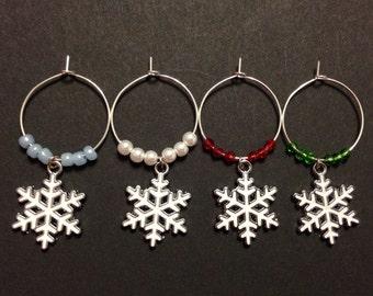 Snow Flake Wine Charms (4), Christmas Wine Charms,  Holiday Snow Flakes, Glass Beads