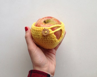 Crochet Apple Cozy - Yellow with Wooden Button