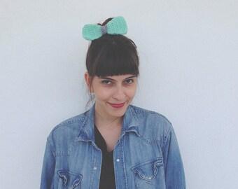 Crochet Hair Bow: Mint Green   Grey