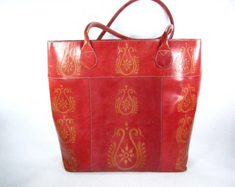 Vintage purse,red leather shoulder bag,Indian, Chico ,fashion purse,shopping bag,large purse,