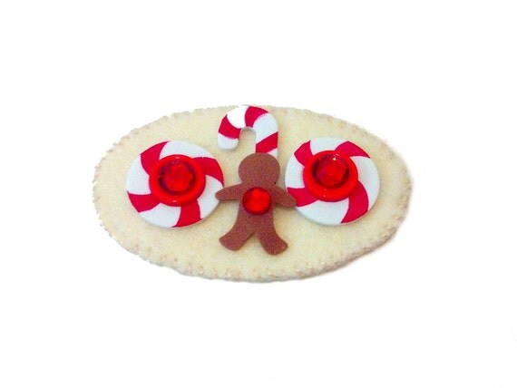 Felt Badge Clip - Gingerbread Man - Christmas Badge Holder - Holiday Badge - Cute Badge Reel - Teacher Badge Holder