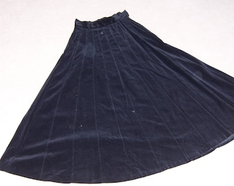 1940 Black Velvet Gored Skirt Sz small