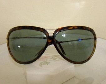 Giorgio Armani  Sunglasses Tortoise Made in Italy Vintage